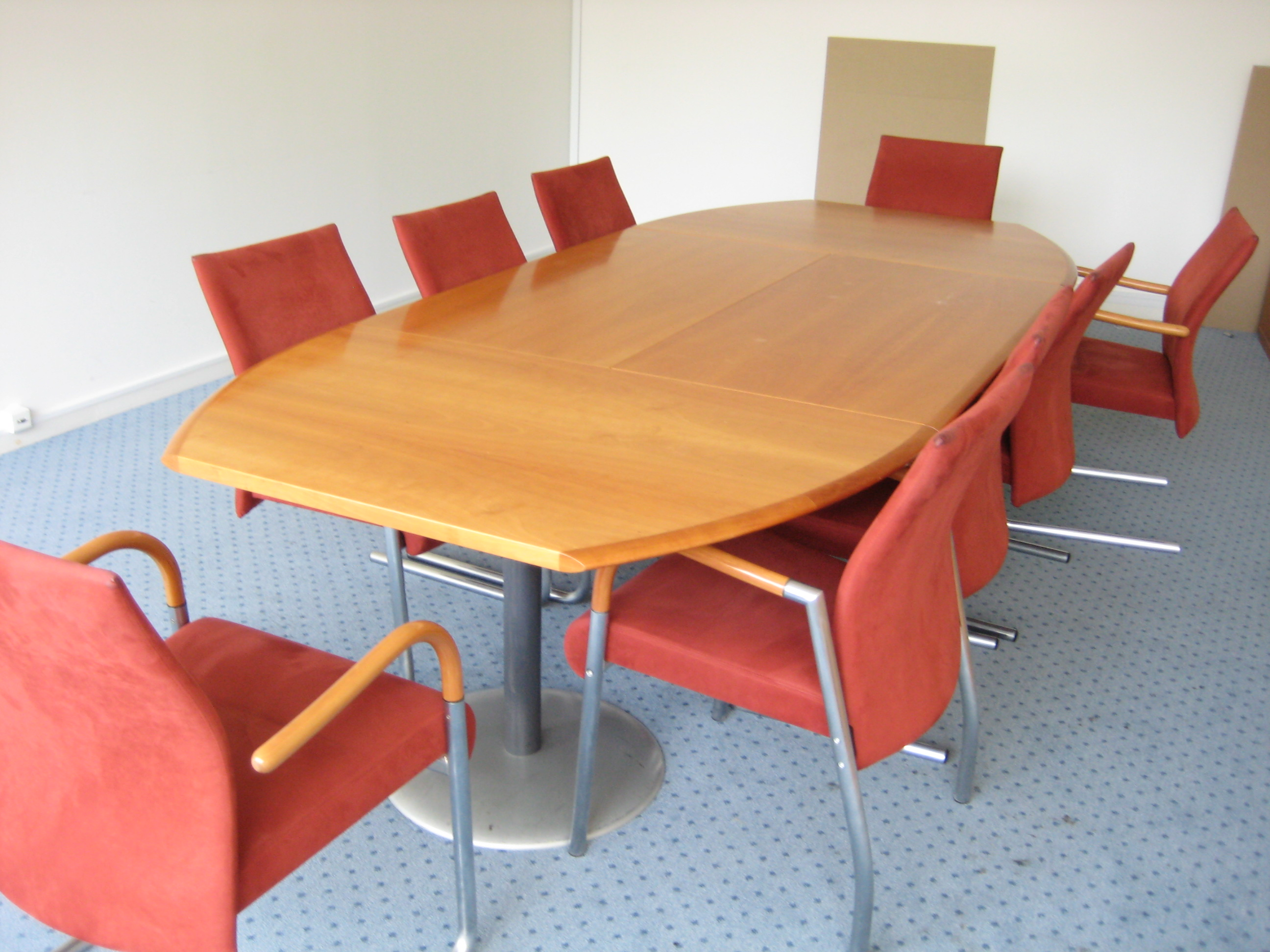 Duba mødebord
